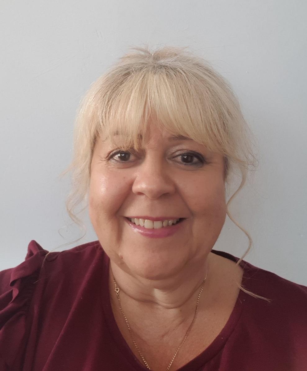 Lyndsay Marsh, Centre Manager